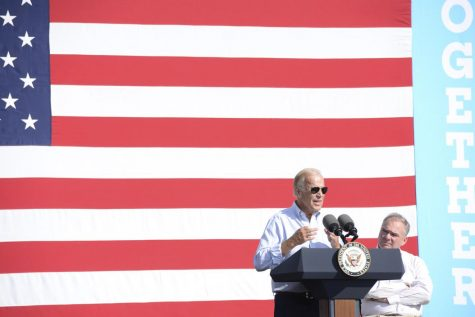 Kaine and Biden speak at Pittsburgh Labor Day parade