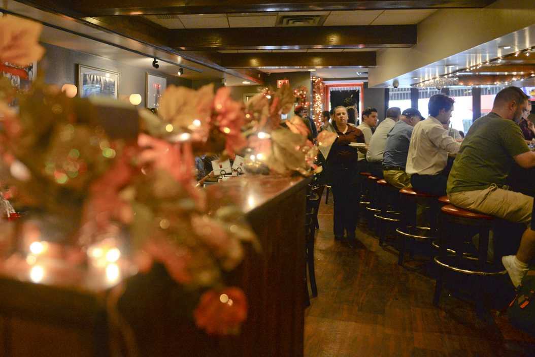A look inside Union Grill's cozy atmosphere. John Hamilton | Staff Photographer