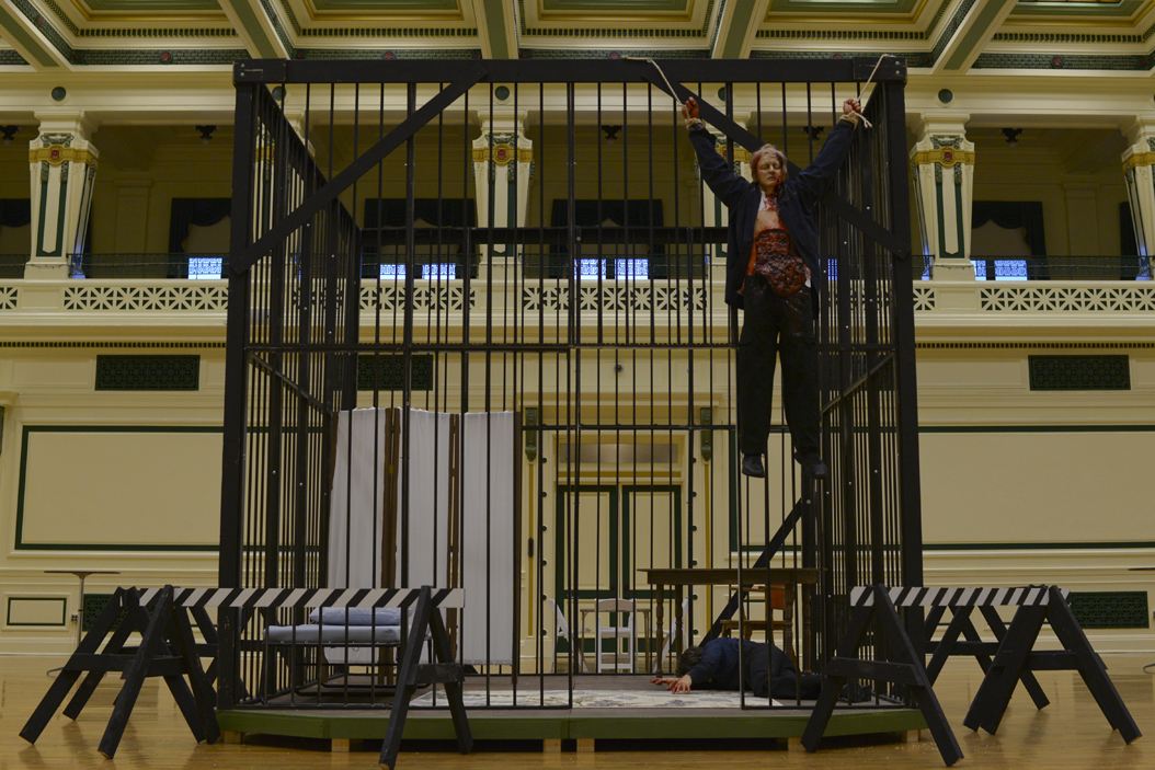 Crew members set up the iconic cage scene from the Silence of the Lambs at Soldiers & Sailors Memorial Hall & Museum last October. (Photo by Wenhao Wu | Assistant Visual Editor)