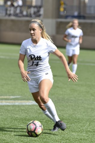 Women's soccer prevails against Miami in double overtime, 1-0