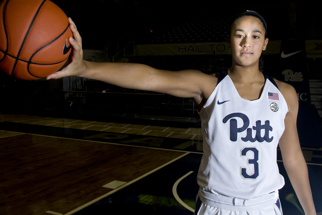 First-year point guard Jasmine Whitney is one of three newcomers on the Pitt women's basketball team in 2016-17. John Hamilton | Senior Staff Photographer