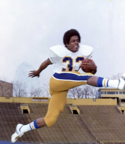 Tony Dorsett (33) played for the Panthers from 1973 to 1976. Courtesy of Pitt Athletics