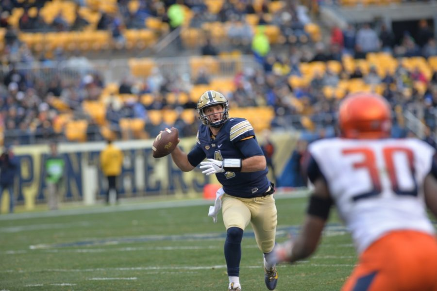 Pitt QB Nathan Peterman threw for 251 yards and four touchdowns in his final game at Heinz Field. Steve Rotstein | Contributing Editor