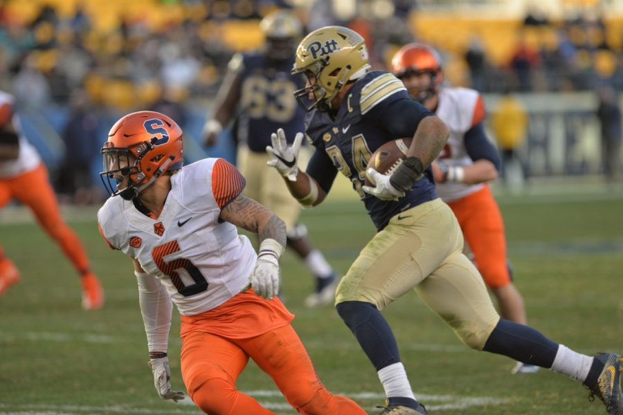 Pitt RB James Conner went over 1,000 yards rushing for the second time in Pitt's 76-61 win against Syracuse. Steve Rotstein | Contributing Editor