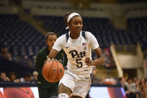 Pitt women's basketball mauls Loyola Maryland, 74-44