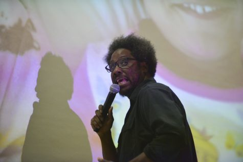 W. Kamau Bell speaks at an event at Pitt on Jan. 17, 2017. Anna Bongardino|Staff Photographer