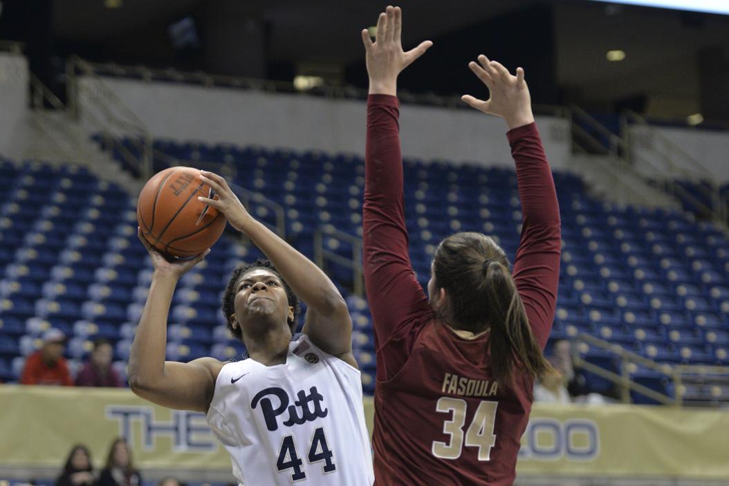 Pitt center Brandi Harvey-Carr scored a career-high 25 points in Pitt's 73-52 loss vs. Louisville. John Hamilton | Visual Editor