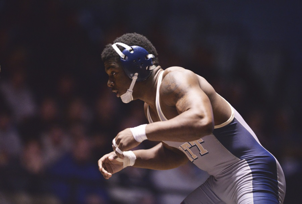 Pitt sophomore TeShan Campbell is ranked No. 13 in the country at 165 pounds. Theo Schwartz | Senior Staff Photographer