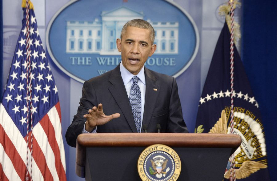 In+his+final+press+conference+on+Wednesday%2C+President+Barack+Obama+defends+his+decision+to+commute+the+prison+sentence+Chelsea+Manning.+Olivier+Douliery%2FAbaca+Press%2FTNS