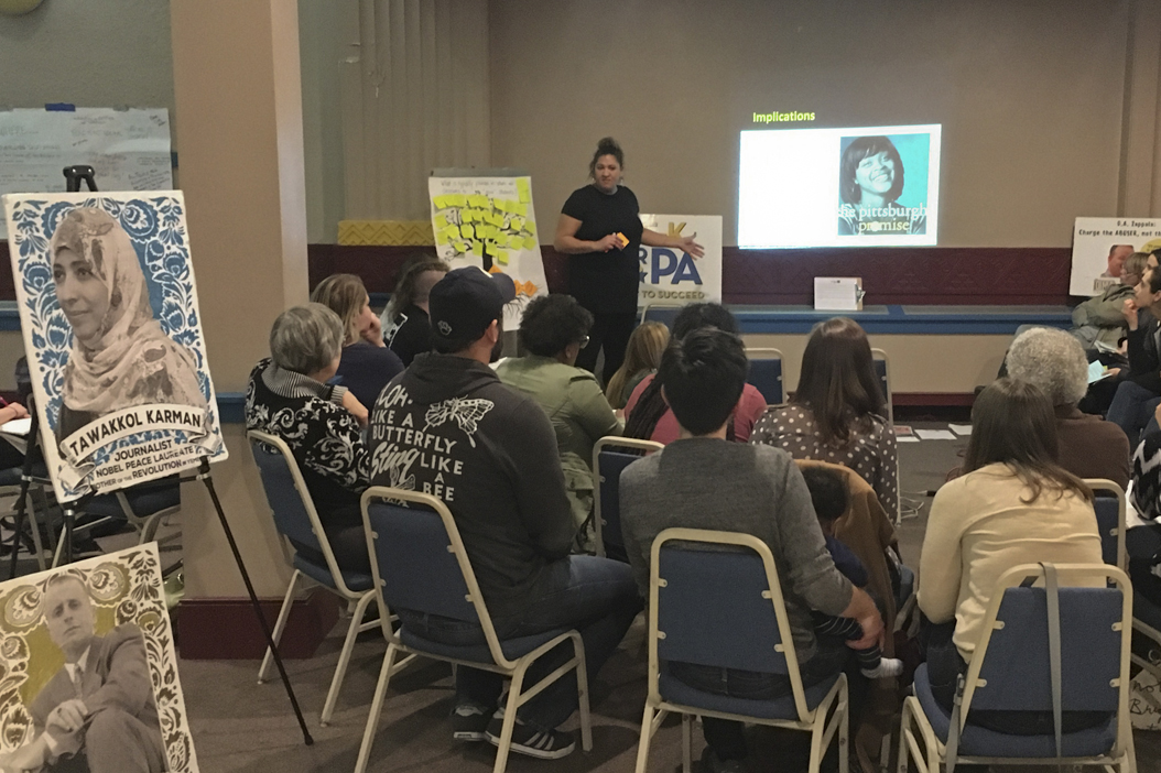 Pittsburgh Figh Back hosted a workshop for protesters on Saturday. Zoe Pawliczek | Contributing Photographer