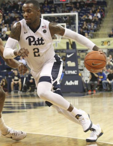 Pitt stung by Yellow Jackets, 61-52