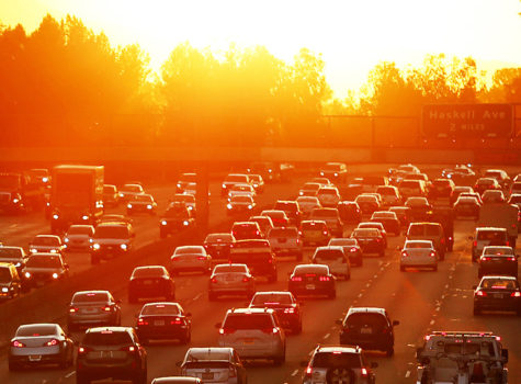 Traffic on the 101 Freeway in Los Angeles, Calif. backs up on March 27, 2015, the second day of a heat wave. (Al Seib/Los Angeles Times/TNS)