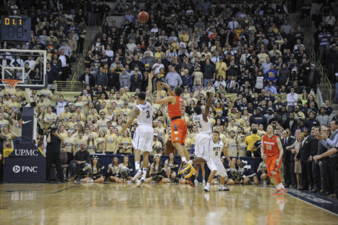 Tyler Ennis hits a last second shot to beat Pitt at the buzzer on Feb. 12, 2014. TPN File Photo