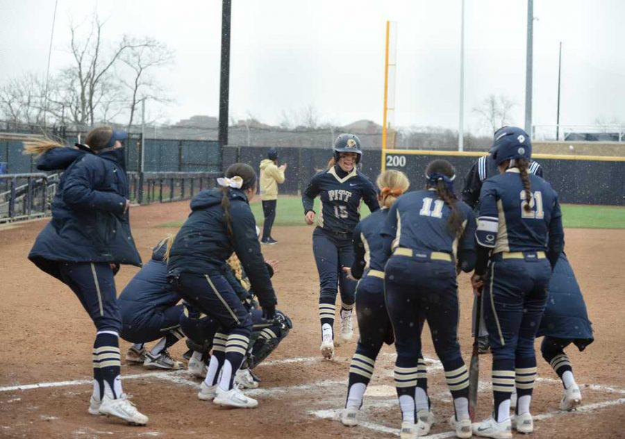 The+Pitt+softball+team+continued+to+slide%2C+getting+swept+by+Louisville+over+the+weekend.+TPN+File+Photo