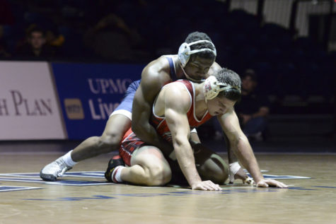 Pitt wrestlers reflect on mixed season, look to next year