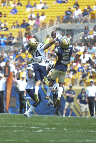 Henderson shines as Gold team defeats Blue at Pitt's Spring Game, 23-14