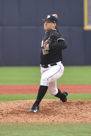 Pitt baseball battles back against Blue Devils