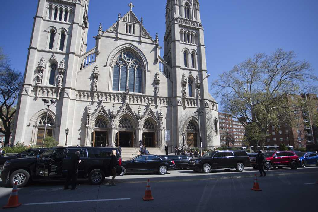 The funeral procession stops outside Saint Paul's Cathedral before Dan Rooney's funeral service. John Hamilton | Contributing Editor