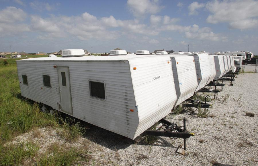 FEMA+trailers+used+in+the+aftermath+of+Hurricane+Katrina%2C+similar+to+those+sent+to+the+Yakama+Nation+in+2011.+TNS