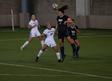 Women's soccer survives Hofstra, Duquesne, starts season 2-0
