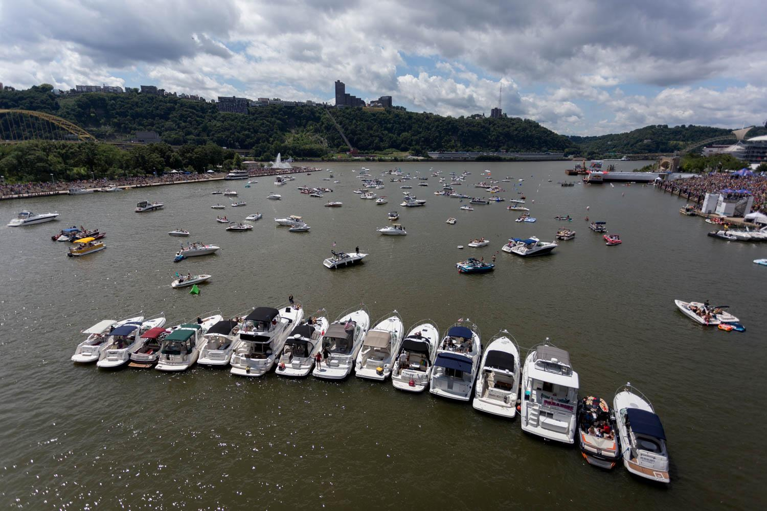 Spectators watch the Red Bull Flugtag from the North Shore, Point State Park and boats on the Allegheny River. (Photo by John Hamilton)