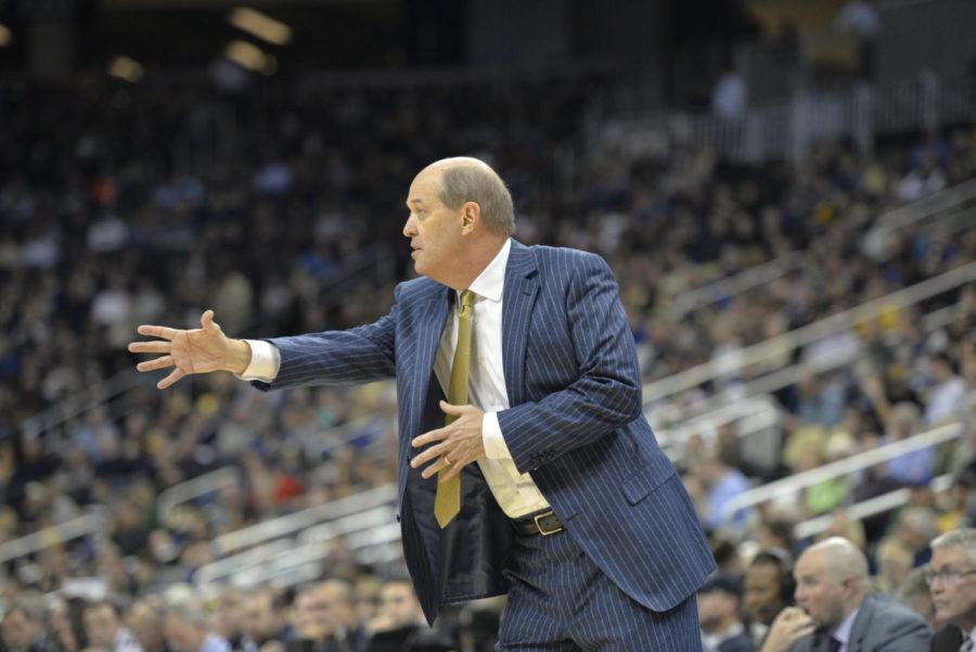 Mens+basketball+head+coach+Kevin+Stallings+has+quickly+become+one+of+the+most+controversial+figures+in+recent+Pitt+sports+history%2C+but+he+still+deserves+time+to+build+his+program.+%28Photo+by+John+Hamilton+%7C+Editor-in-Chief%29