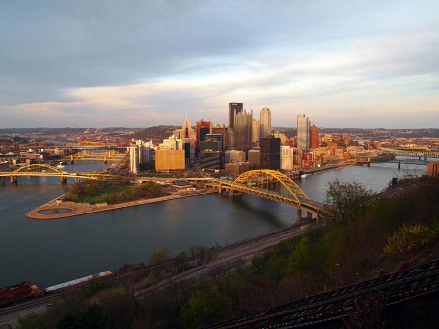 As Pittsburgh transforms toward a more sustainable city, the city faces a decline in labor force. (Photo via Wikimedia Commons)