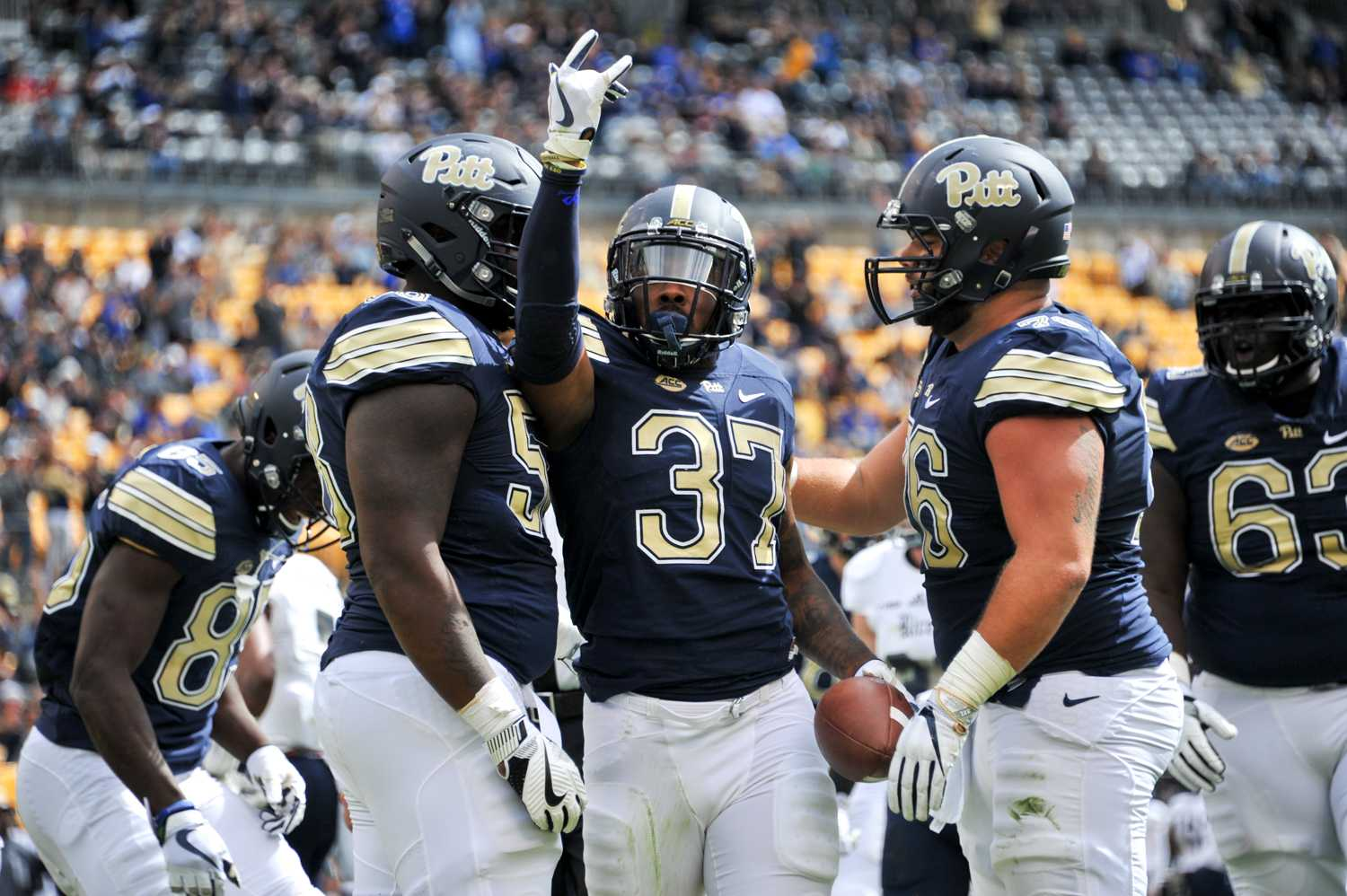 Qadree Ollison (37) celebrates after his first quarter touchdown. Photo by Wenhao Wu | Assistant Visual Editor