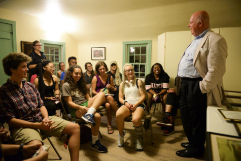 Former President of the Woodville Plantation Preservation, Rob Windhorst, educates the History of Black Pittsburgh class about the Neville House and its residents. (Photo by Issi Glatts | Staff Photographer)