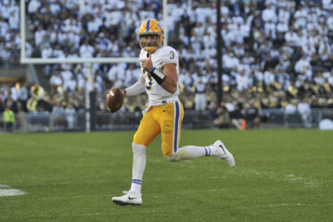 Yellow Jackets sting Panthers, 35-17