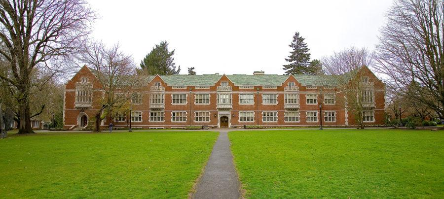 Elliot Hall was built as Reed College's  Arts and Sciences building in 1912. (Photo via Wikimedia Commons)