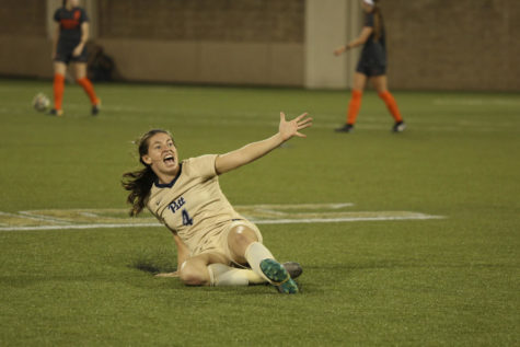 Pitt women's soccer ties, ends losing streak