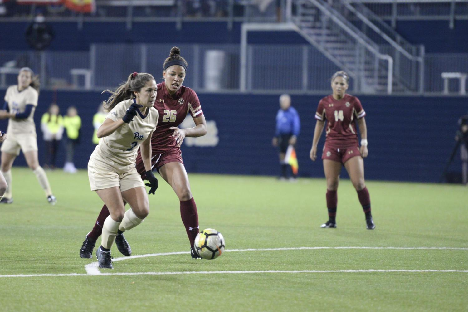 Junior forward Sarah Krause scored in the 32nd minute at Pitt's double overtime loss, 3-2, against Boston College Thursday night. (Photo by Isabelle Glatts | Staff Photographer)