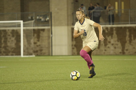Miami Hurricanes blow out Pitt women's soccer, 3-0