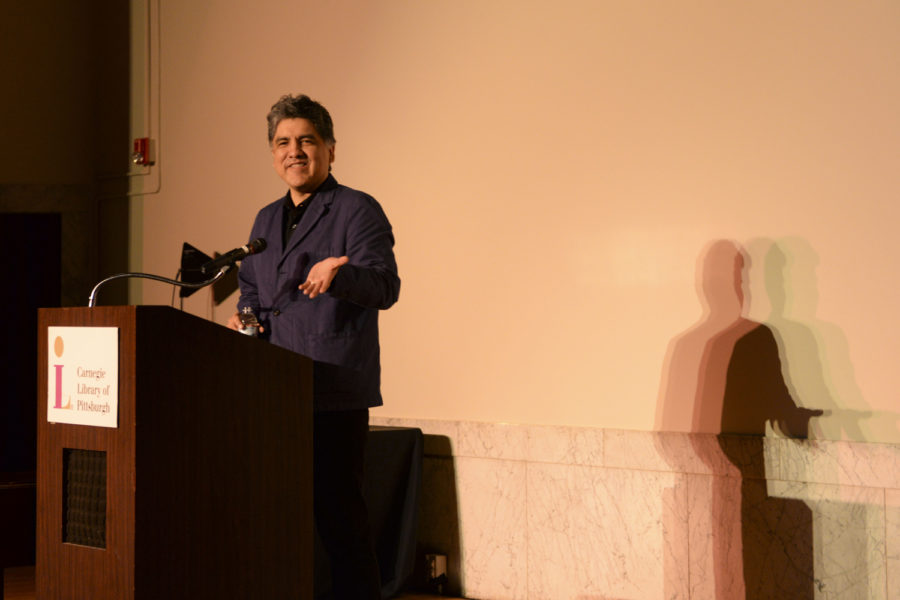 Sherman+Alexie%2C+an+author+of+26+books%2C+spoke+at+the+Carnegie+Library+Lecture+Hall+Saturday+afternoon+to+celebrate+the+10th+anniversary+of+his+first+young+adult+novel.+%28Photo+by+Sarah+Cutshall+%7C+Staff+Photographer%29