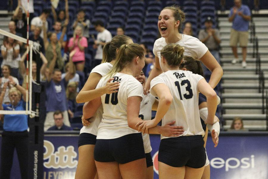 Pitt+women%E2%80%99s+volleyball+team+finished+their+matchup+against+Boston+College+with+a+final+score+of+54-40.+%28Photo+by+Thomas+Yang+%7C+Senior+Staff+Photographer%29