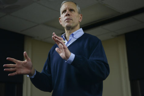 Republican candidate Paul Mango spoke to a crowd of about 40 people in room 837 of the William Pitt Union Monday night about his campaign for Pennsylvania governor. (Photo by Sarah Cutshall | Staff Photographer)