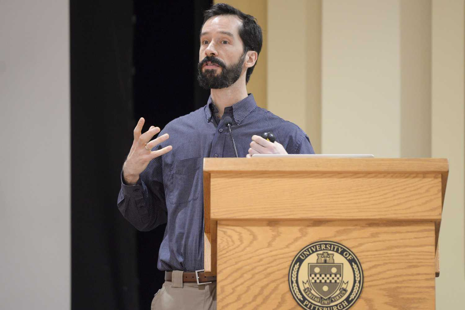 Mark Dixon discussed the hazards of having an ethane cracker plant close to Pittsburgh during a talk in the William Pitt Union Assembly Room Wednesday evening. (Photo by Issi Glatts | Staff Photographer)