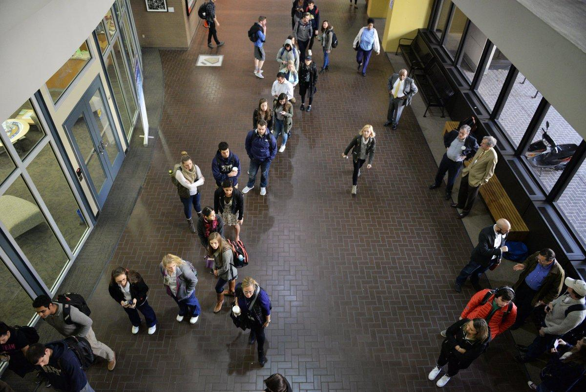 Students line up to vote in Posvar Hall last November. (Photo by John Hamilton / Managing Editor)