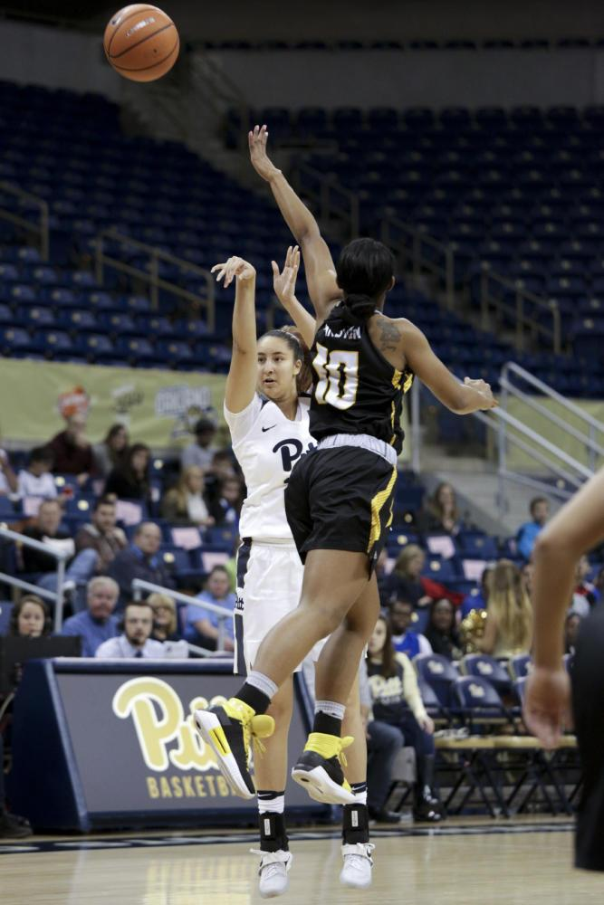 First-year Guard Pika Rodriguez scored a career-high 17 points in Pitt's ACC opener (Photo by Thomas Yang / Visual Editor)