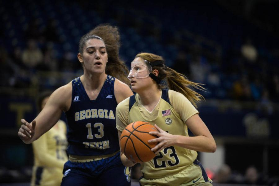 Alayna+Gribble%2C+sophomore%2C+scored+a+career-high+29+points+in+Pitt%E2%80%99s+68-62+first+ACC+victory+of+the+year.++%28Photo+by+Christian+Snyder+%7C+Multimedia+Editor%29