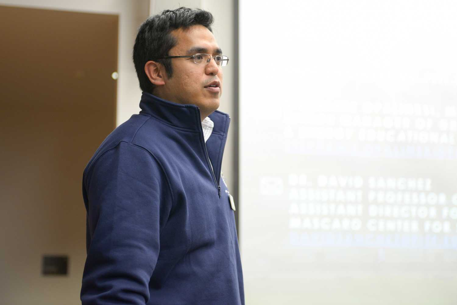 Civil and environmental engineering professor David Sanchez speaks about the new Master of Science in Sustainable Engineering program at Thursday's Sustainable Engineering Graduate Student Information session. (Photo by Chiara Rigaud | Staff Photographer)