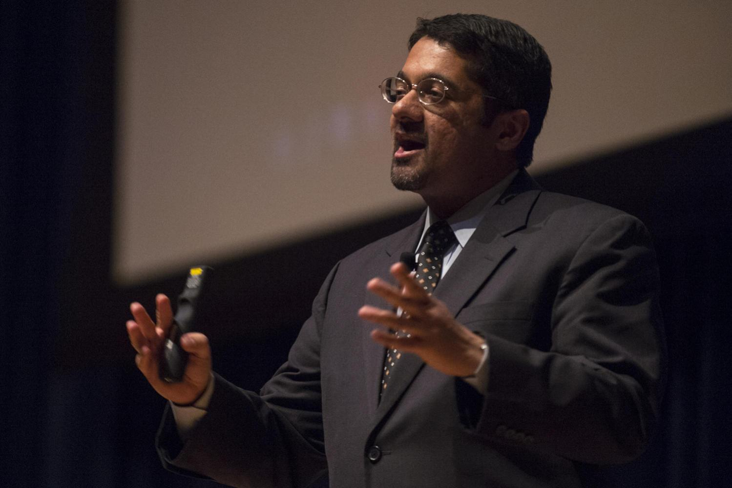 "Shankar Vedantam, National Public Radio's social correspondent and host of the ""Hidden Brain"" podcast, held a lecture on the brain, human behavior and unconscious biases in the Carnegie Music Hall Wednesday night. (Photo via Wikimedia Commons)"