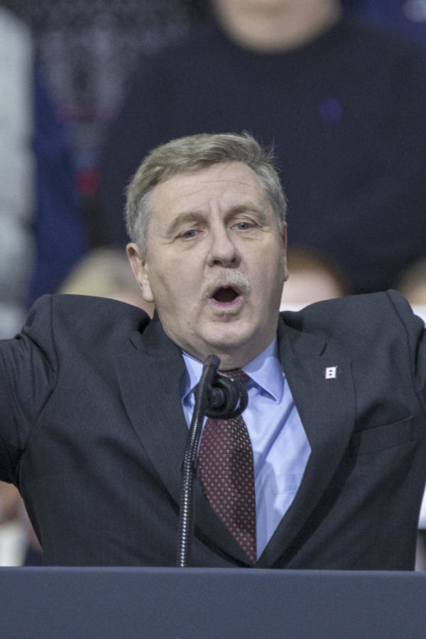 Rick+Saccone%2C+Republican+Congressional+candidate+for+Pennsylvania%E2%80%99s+18th+Congressional+District%2C+speaks+to+supporters+during+a+Make+America+Great+Rally+Saturday%2C+March+10%2C+2018+at+Atlantic+Aviation+in+Moon+Township.+%28Alex+Edelman%2FCNP%2FZuma+Press%2FTNS%29