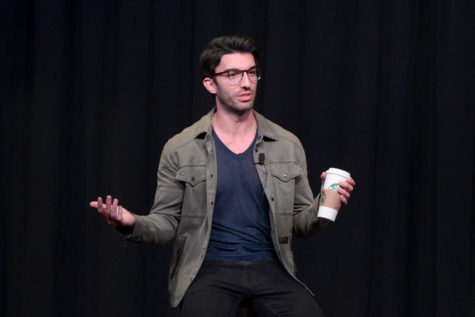 Actor Justin Baldoni spoke at last week's An Evening with Justin Baldoni event to headline Women's Empowerment Week at Pitt. (Photo by Chiara Rigaud | Staff Photographer)