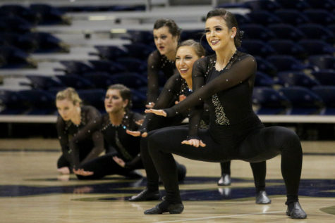 Pitt cheerleaders and dance team showcase skills before heading to championships