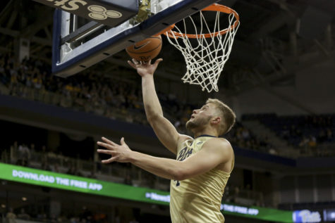 Poor rebounding, inconsistent offense Pitt's detriment in 71-62 loss to Clemson
