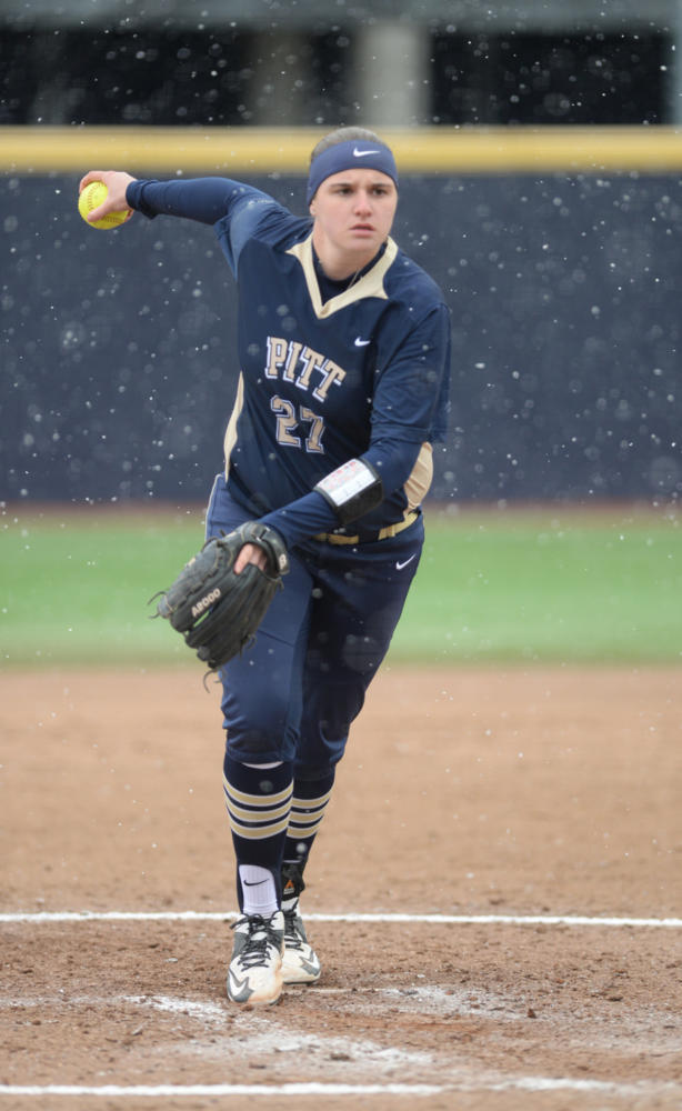 Senior pitcher Kayla Harris threw complete game shutout across eight innings at Pitt's 1-0 victory over Florida State Saturday. (Photo by John Hamilton | Managing Editor)