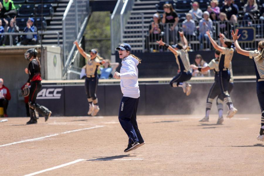 Pitt+softball+coach+Holly+Aprile+announced+her+resignation+on+Sunday%2C+and+will+take+the+head+coaching+job+at+Louisville.+%28Photo+courtesy+of+Pitt+Athletics%29