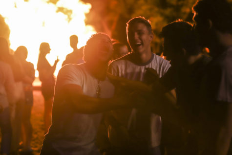 Annual bonfire bolsters Pitt pride